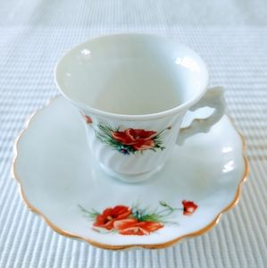 Other - Mini Collectible Tea Cup and Saucer Gold Trim